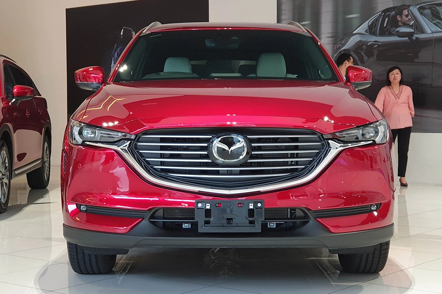 Mazda CX-8 2.0 Luxury - Hình 1